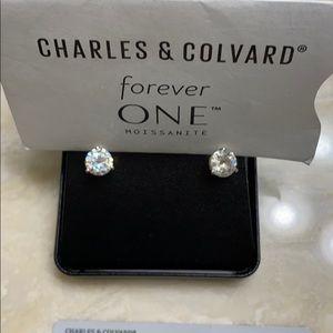 Moissanite 2 carat earrings